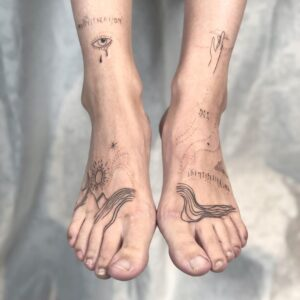 feet tattoo for women