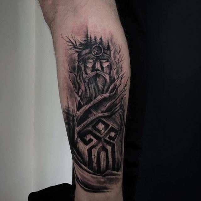 slavic ethnic tattoo on shin